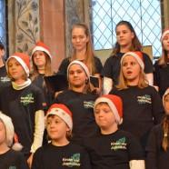 Weihnachtsduft und Kerzenlicht – das Weihnachtskonzert des Kinder- und Jugendchores