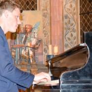 Christopher Sayles spielt Ludwig van Beethoven